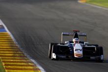 Константин Терещенко показал третий результат на вторых тестах GP3 Series